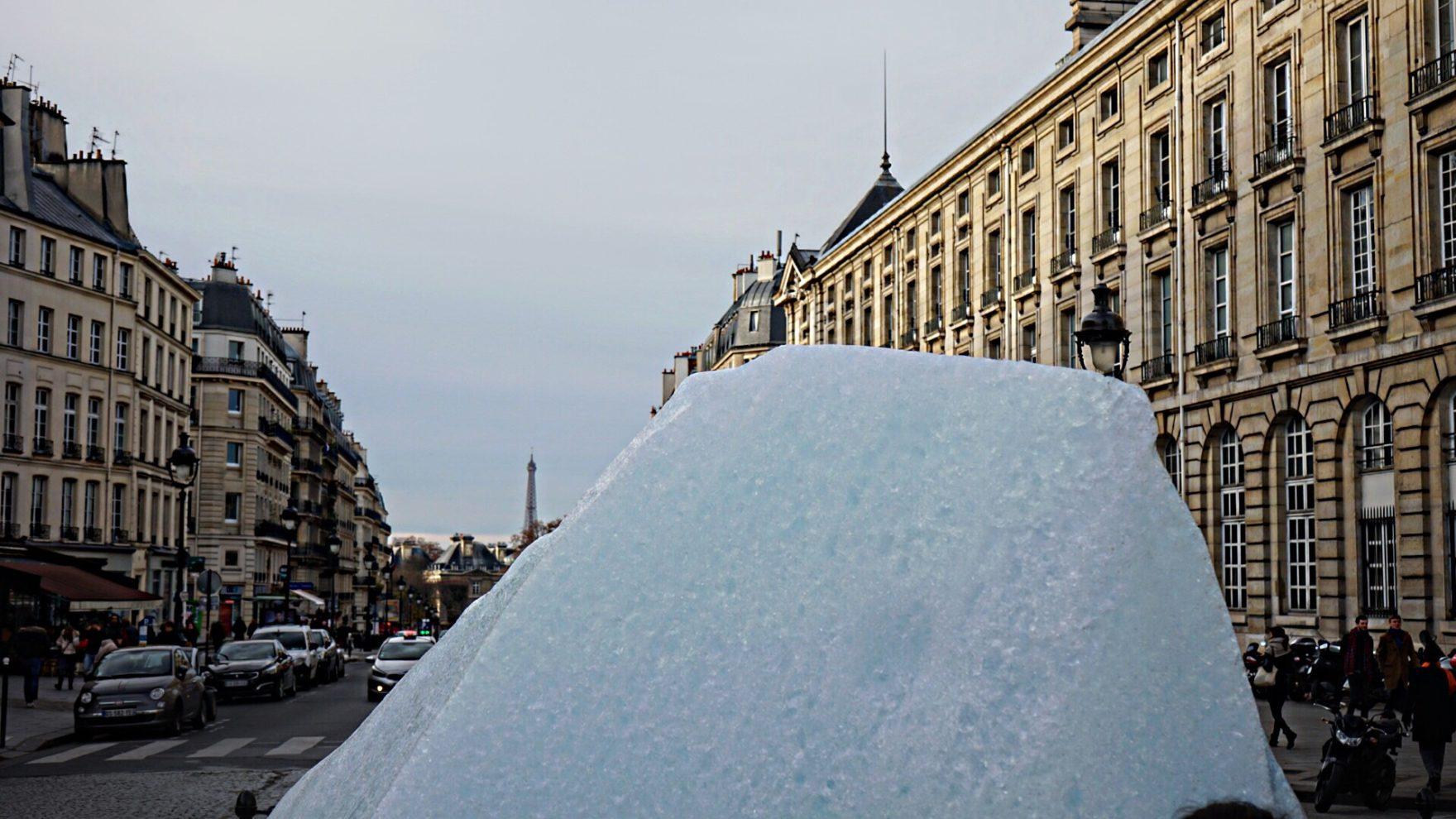 #icewatchparis Installation von Künstler Ólafur Elíasson