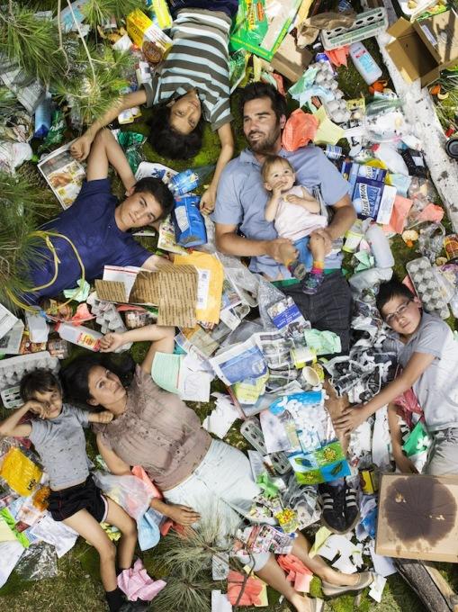 7-Day-Of-Garbage_Joya_Santiniketan_Rabindranath_Chandramohan_Ben_Bodihisattba__Omjabarindra_0171