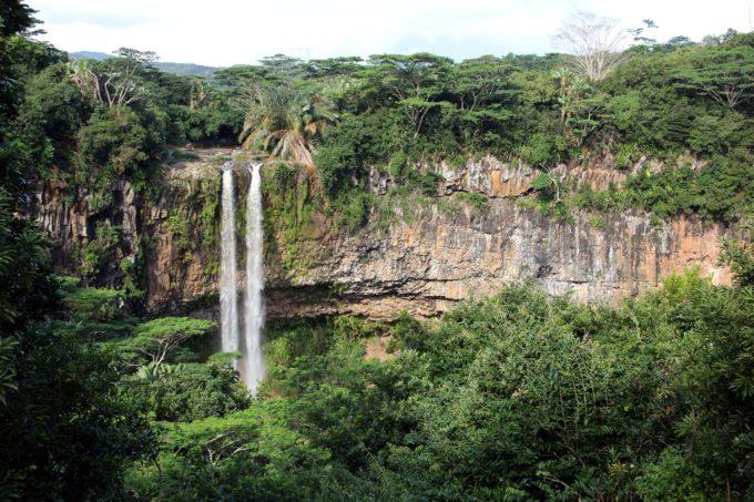 waterfall-798571_1920